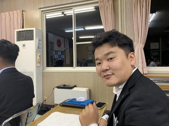 会員研修委員会 委員長 岩田悠二郎